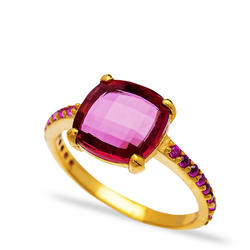Inel Red Zircon